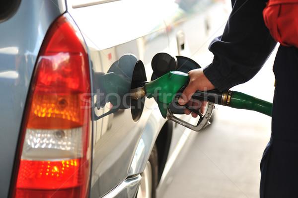 ストックフォト: 男 · 車 · 燃料 · ガソリンスタンド · ビジネス · 油