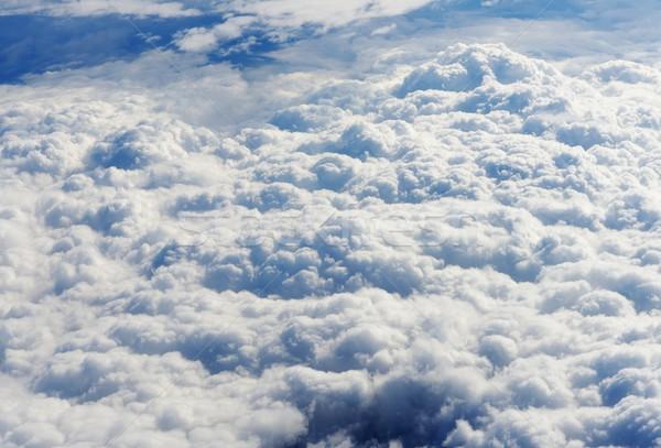 Widoku powyżej niebo samolot ziemi płaszczyzny Zdjęcia stock © zurijeta
