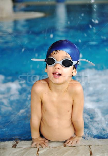 Foto d'archivio: Attività · piscina · bambini · nuoto · giocare · acqua