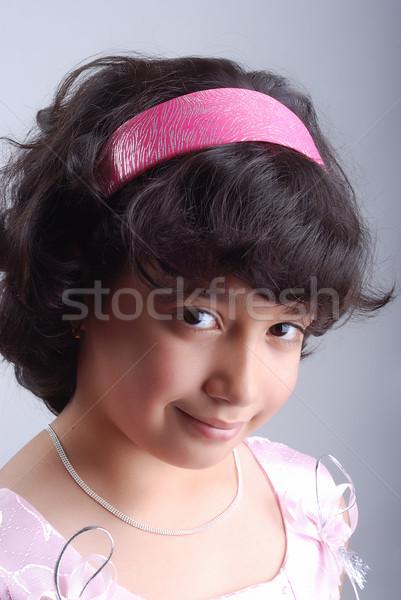 Adorable fille cheveux noirs noir yeux main Photo stock © zurijeta