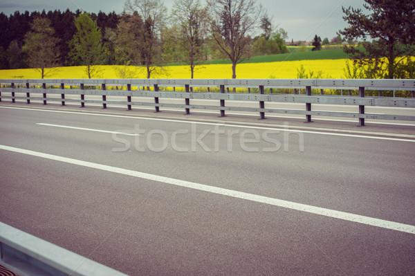 Stock fotó: Autópálya · üzlet · út · autók · teherautó · utazás