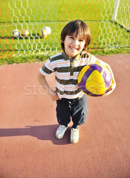 Jeunes Kid football sport fitness Photo stock © zurijeta