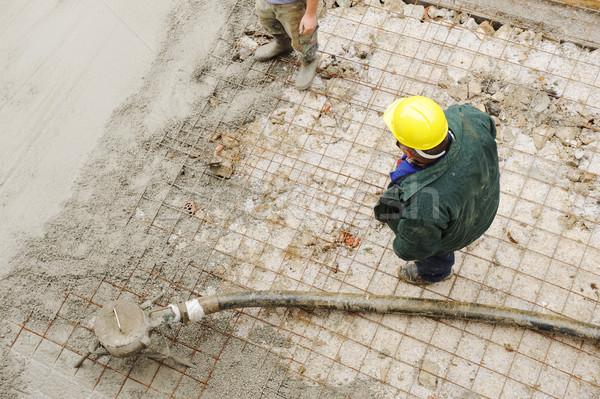 ストックフォト: 作業 · スタッコ · セメント · 屋外 · 家 · 男