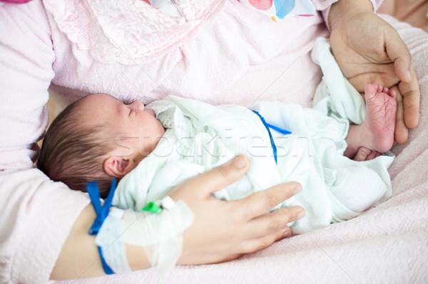 Recién nacido bebé hospital cinta mano Foto stock © zurijeta