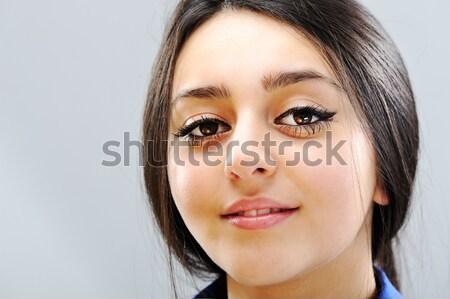 Szépség barna hajú női portré gyönyörű lány Stock fotó © zurijeta