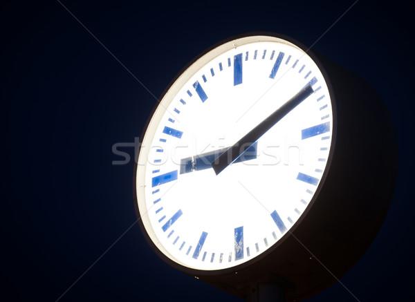 Nacht straat klok licht tijd horloge Stockfoto © zurijeta
