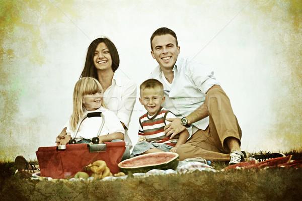 Foto stock: Vintage · família · crianças · piquenique · tempo · verde