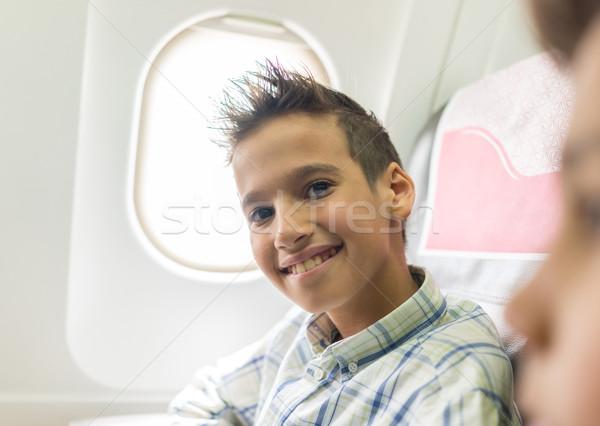 çocuk uçak çocuk pencere düzlem Stok fotoğraf © zurijeta