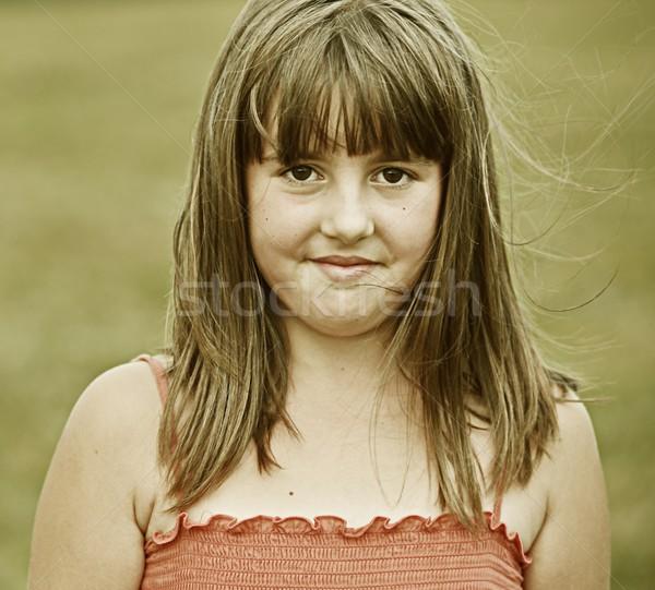 Instagram mutlu kız yaz çim çayır doğa Stok fotoğraf © zurijeta