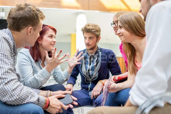 Jeunes partenaires brainstorming idées réunion Photo stock © zurijeta