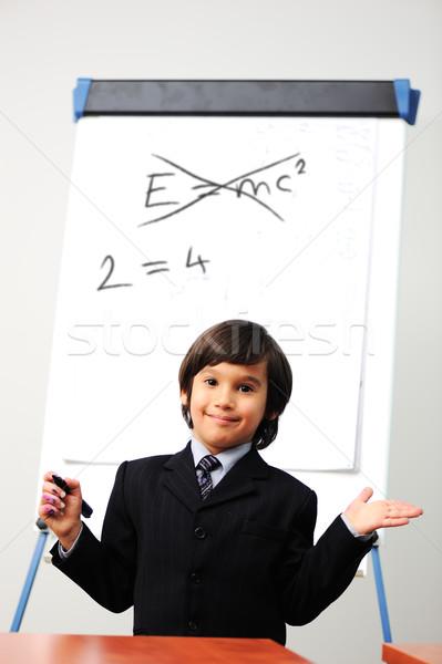 Genie weinig jongen boord nieuwe formule Stockfoto © zurijeta