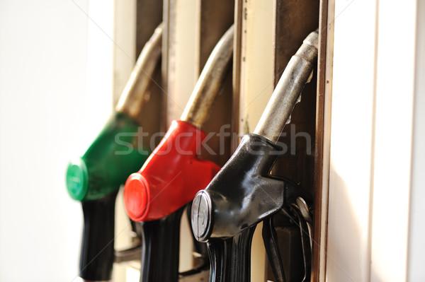 Verde transporte poluição tanque economia Foto stock © zurijeta