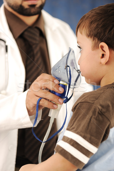 Doctor, child, inhaler mask for breathing, hospital Stock photo © zurijeta