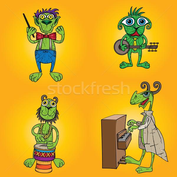 Verde criaturas banda jugando feliz guitarra Foto stock © Zuzuan